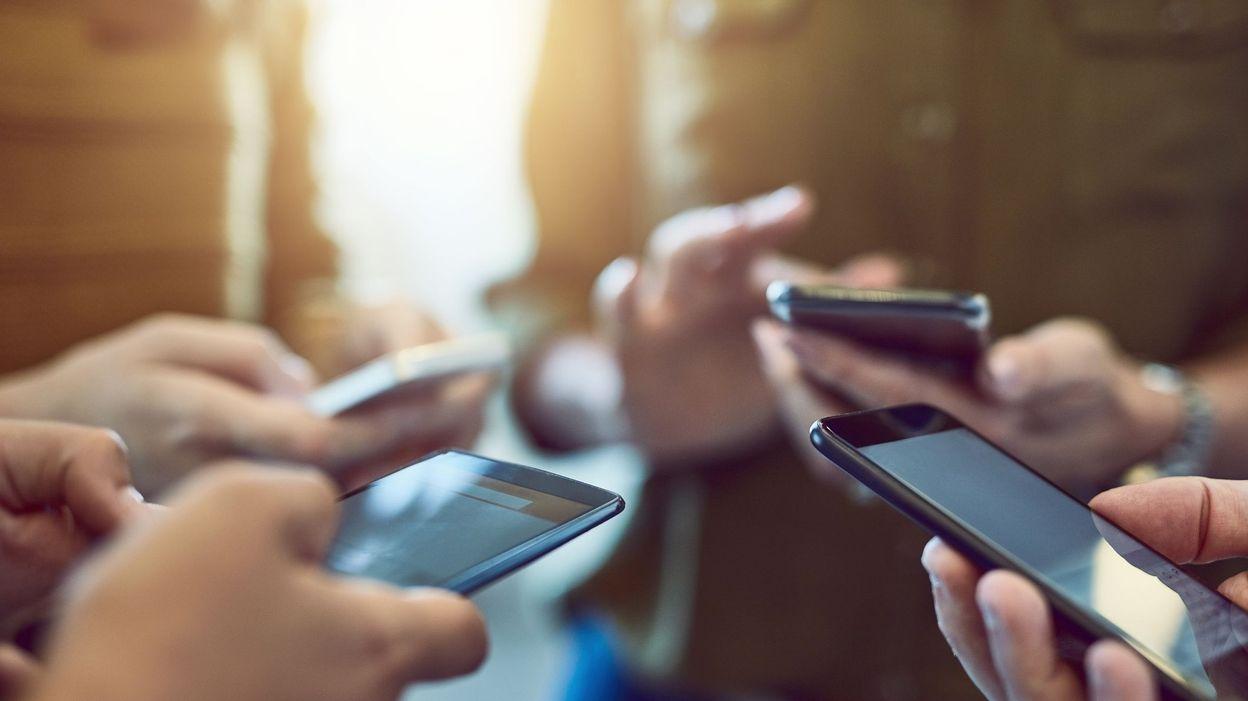 L'application mobile iOS et Android très pratique, qui met les bibliothèques dans votre poche